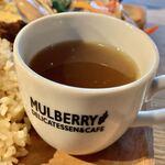 マルベリーデリカテッセンアンドカフェ - デリプレートランチ(\1,200) 鶏団子ときのこのスープ