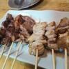 酉将 - 料理写真:串焼き(豚)各110円 かしら ハツ レバー ナンコツ しろ 子袋 タン