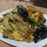 隆翔 - 料理写真:単品料理:D.豚肉と木くらげと玉子の炒め 小皿ではなく単品