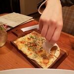 チーズ食堂 Den日比谷 -