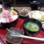 12127232 - 海鮮丼定食(並)(1200円)