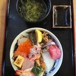 121274785 - スペシャル海鮮丼