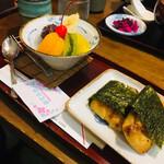 七福堂 - いそ巻餅とあんみつセット