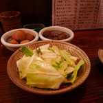 12130641 - お通し:里芋の煮物、ピリ辛こんにゃく、キャベツ