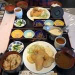 キッチンくま - カキフライ定食