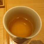 蕎麦きり みよた - 蕎麦茶、なんか変な味が今回はしました。