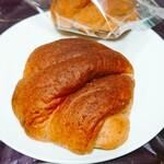 121304956 - コンプレロール(150円)×2 後ろのパンのように、袋に入っています。