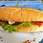 121311693 - 「kiriクリームチーズ&合鴨サンド」