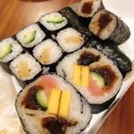 神田志乃多寿司 - かんぴょうが肉厚で美味しいぞ!
