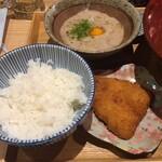 Gamagoorikikyouya - 奥は自然薯とろろと手前は鯵フライ