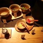 黒十 - トッピングに梅肉・わさび・海苔・胡麻・オクラ