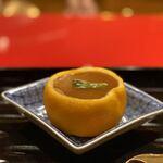 121335743 - フカヒレ、百合根の飯蒸し〜テール出汁の餡掛けだが、めっちゃ上品な味わい。