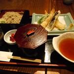 旬彩庵 - 天ぷらセット。
