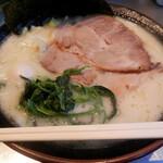 丸花 - 塩とんこつ麺増し