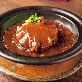 中国の高級食材を織り交ぜた本場料理に、舌鼓を打つ