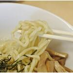 笑麺亭 - ぷりぷりっとした食感の麺、。