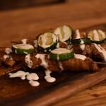 肉バル×チーズ 高安 - 肉の串焼き