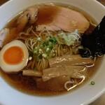 中華そば 東京屋 - 料理写真:中華そば(醤油)
