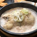 高麗参鶏湯 -