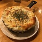 YAICHIRO - 牡蠣とほうれん草のグラタン(680円)