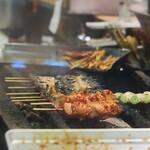吉野 - 炭火で焼かれる野菜、鳥、鰻、火入れの順番も面白い!