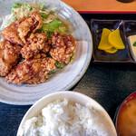 串源屋 - 日替り(油淋鶏) (大盛) 760円(大盛=同価格)