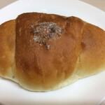 121375598 - 塩バターパン