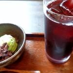 ひ路花 - ブドウジュースと抹茶アイス