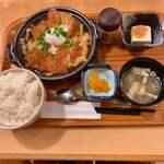 いちげん - ロースカツ&ヒレカツ煮定食 850円