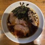 らー麺や 与 - 鶏がら黒醤油 800円
