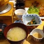 五穀 - 料理写真:五穀山里定食