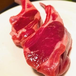 ニュージーランドのラム肉はクセがなくてジューシー