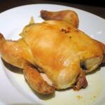 ドイツビアホール ツムビアホフ - 肉汁溢れるローストチキン