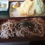 手打そば 野の花 - 料理写真:あわび茸と舞茸の天ぷら蕎麦