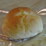 おおむら夢ファームシュシュ パン工房 - 料理写真:ミセスシュシュ60円