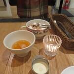 ブレッツカフェ クレープリー - お砂糖とミルク