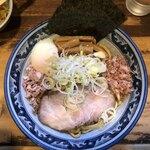 兎に角 - ・油そば 普通盛 割スープ付き820円 ・温泉玉子 120円
