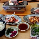 焼肉 味楽 - 料理写真:焼肉もりもり食べてパワーアップ!!