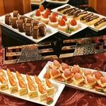 ラ・テラス - ショートケーキ、苺のミルフィーユ