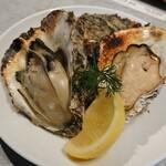 miyajimaburuwari- - 宮島産焼き牡蠣