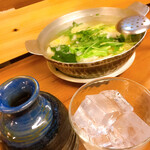 酒房 武蔵 - 湯豆腐と赤霧島