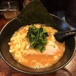 麺屋 大和田 - 大和田ラーメン 豚骨醤油