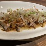 ふるはうす - ネギと焦がしネギとポン酢が最高で鶏肉美味い