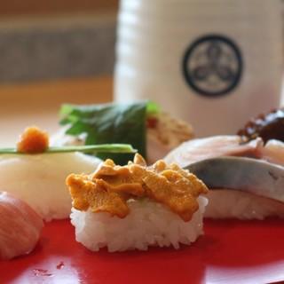 こだわり旬魚の握り寿司