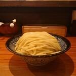 麺 一直 - 麺大盛(横から)