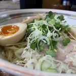 121448028 - 油そば 700円 スープ付                       中盛 +50円                       味付玉子 +100円