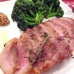 TRATTORIA IL PALLONCINO  - 五和産豚肩ロースのステーキ