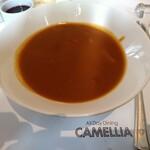 オールデイダイニング カメリア - トマトの味がしっかりした甘めのカレー