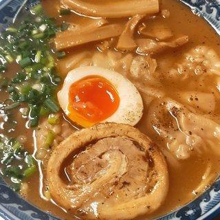 牛骨ワンタン麺/季節限定メニュー