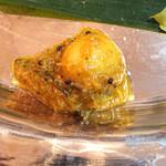 マロロガ バワン - うずらのマサラ和え。これおいしい
